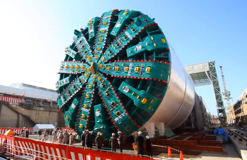 plus-gros-engins-de-chantier-au-monde-bertha-tbm