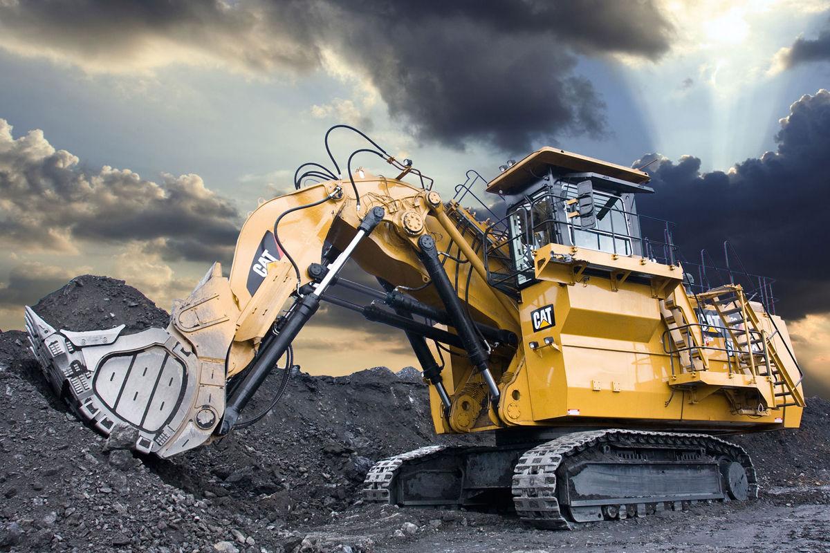 plus-gros-engins-de-chantier-au-monde-Cat-6120B-H-FS