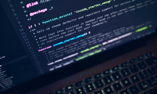 Les métiers du web et l'intérim : devenir développeur