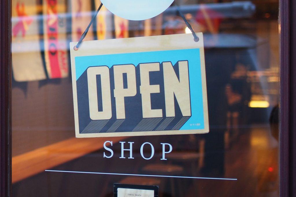 Commerce ouvert durant la crise du coronavirus