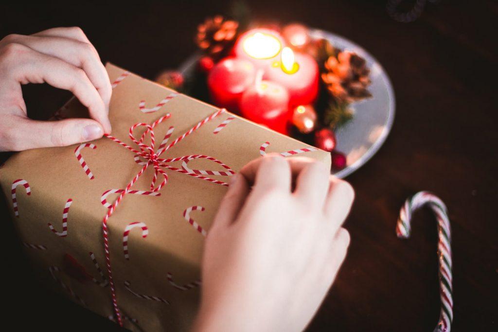 fidéliser ses collaborateurs avec des cartes et remises cadeaux
