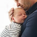 L'allongement du congé de paternité est annoncé